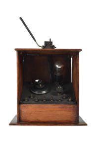 Home Built valve crystal radio set