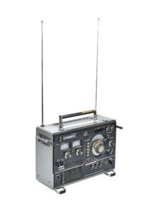 Sony CRF-320 transistor radio