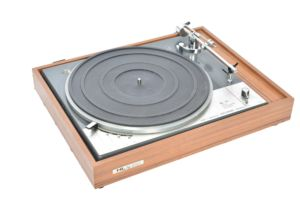 HL Audio record player
