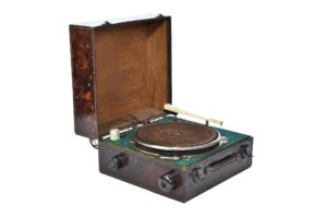 Home built 2 speed manual record player